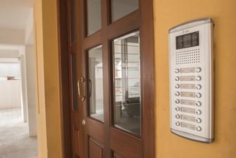 Video Door calling Outdoor.jpg