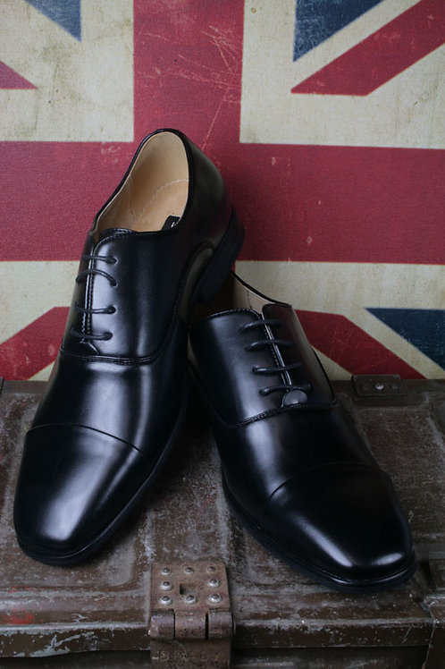 GR-M828A Black Plain Oxford