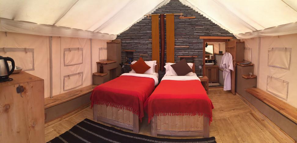 Tent Deluxe Twin.jpg