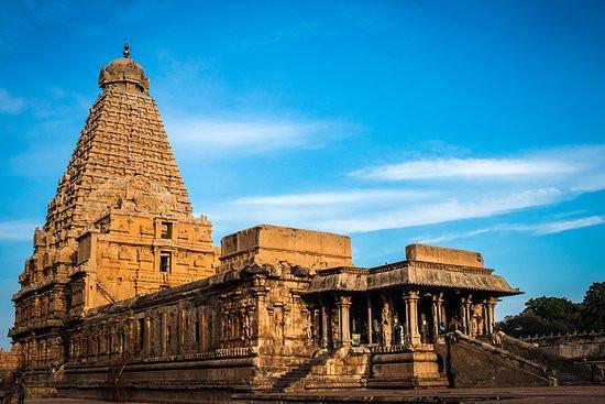 thanjavur-brihadeeshwara.jpg