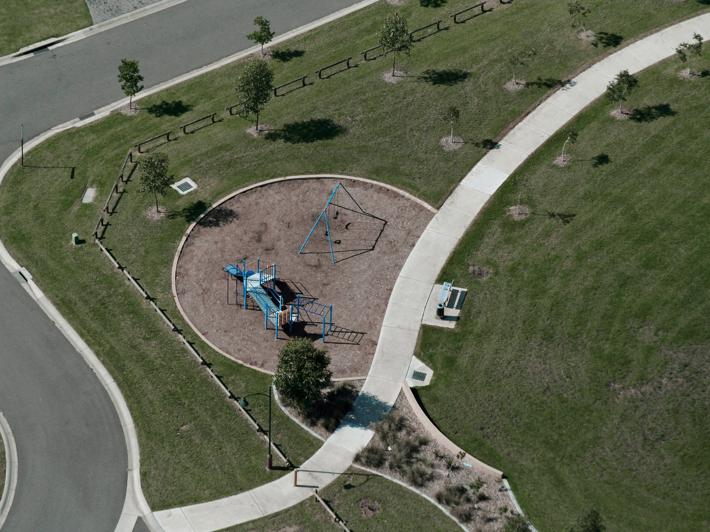 Sunny playground's facilities