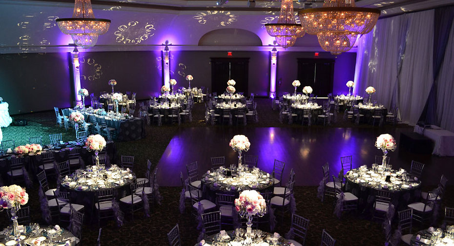 Bellvue_Manor_Wedding_Reception_Toronto_Clear_Ice_Chiavari_Chair_Long_Table_Tall_Centerpiece_Pocket_