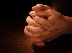 Praying%20Hands%202_edited.jpg