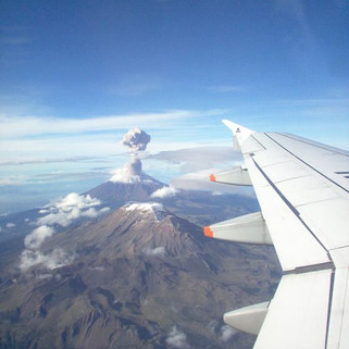 See natural events like volcanoes with Inflighto!
