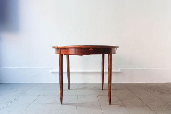 Extendable Round Dining Table by José Cruz de Carvalho for Altamira, 1960's