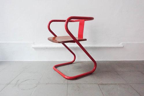 """Portuguese """"Z"""" Chair"""
