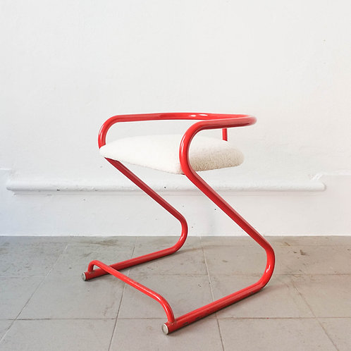 """Tubular Steel """"Z"""" Chair by Les Industries Amisco, 1970's"""