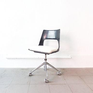 Mid-Century Danish Swivel Chair, Model KK-1A, by Kay Korbing for Fibrex Denmark