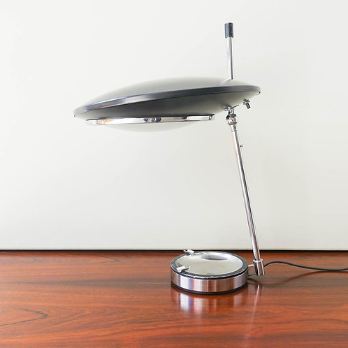 Oscar Torlasco table lamp model 567 for LUMI MILANO