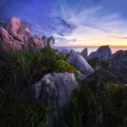 White Giant Rock Cape