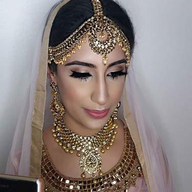 Sabyasachi inspired bridal look on the g