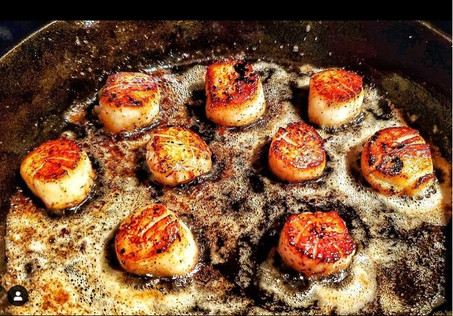 """@chefjonathans Come On baby, """"Light My Fire"""" Who wants 👋🏼 • Spicy Sauteed Sea Scallops...using @sonofajohnsauce Light my fire & @northcoastseafoods Sauteed with some butter in my Castiron Skillet @cruciblecookware & Blood Orange EVOO from @nuvo_olive_oil b •Light sea salt from @duxburysaltworks And seared to perfection. Now to wash it down with some @oldelkbourbon 🥃"""
