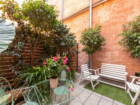 Top 6 Design Ideas to make Open Terrace  Private