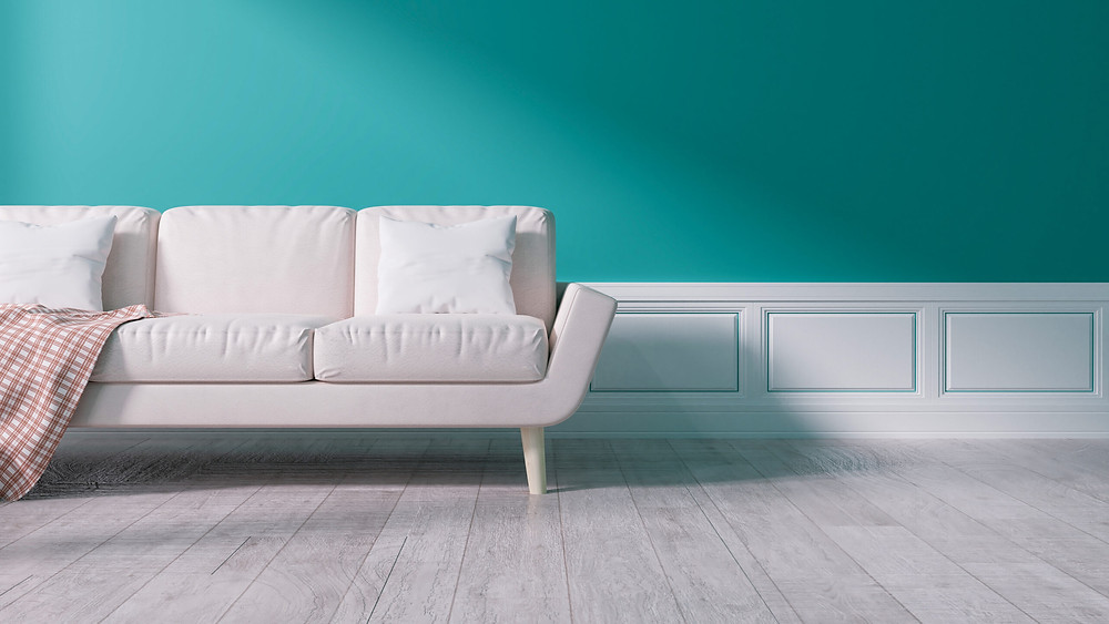 Wall paint in contrast with the neutral colored accessories
