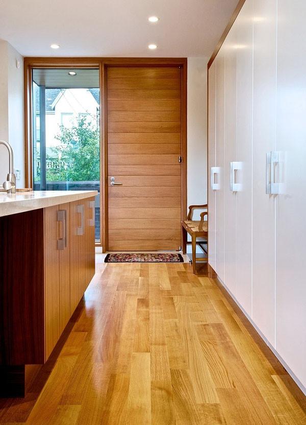 Floor to Ceiling Door