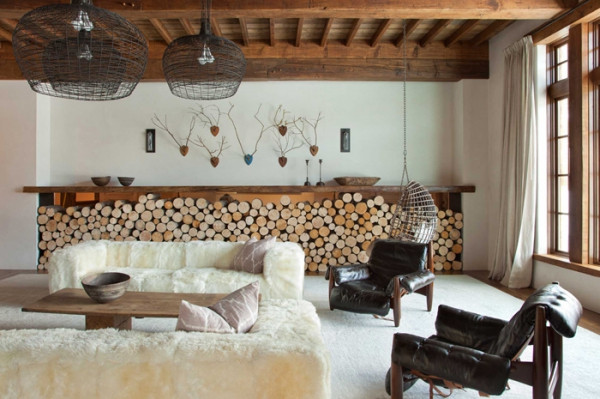 A stunning combination of natural materials in house interior