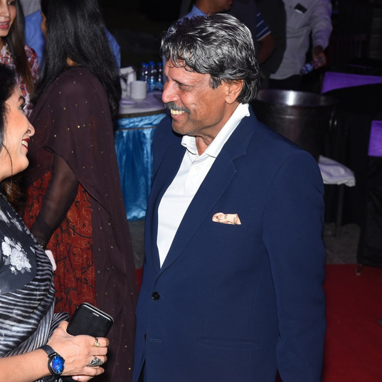 Ramya Krishnan meets Mr. Kapil Dev
