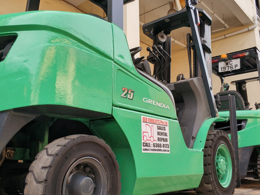 Benefits of Buying a Used Forklift in Singapore