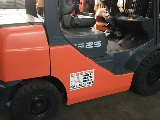 Rental Or Purchase Forklift in Singapore ?