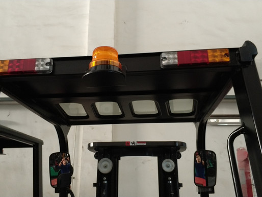 Which Forklift Truck Lights Should You Pick