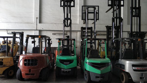 singapore forklift rental