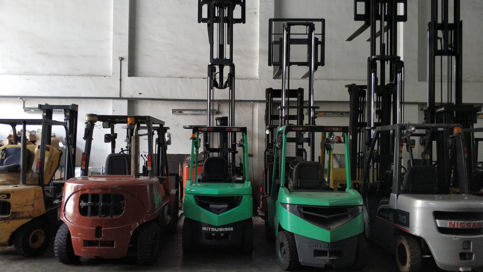 second hand forklift