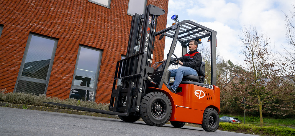 ELECTRIC FORKLIFT SINGAPORE LITHIUM ION BATTERY