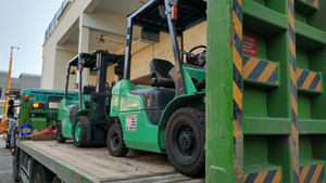Best Diesel foklift rental in singapore