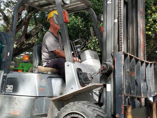 Electric Forklifts vs Diesel Forklifts