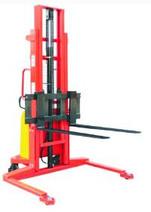 semi electric straddle stacker