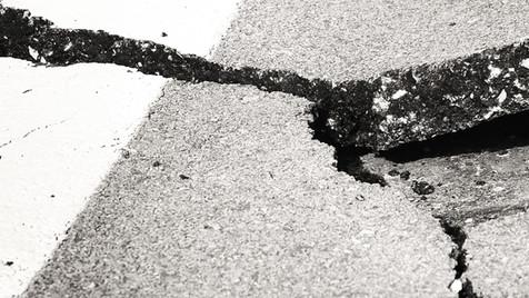 Onder het asfalt