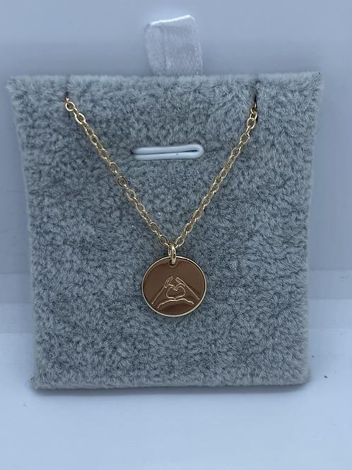 Engraved pendant heart sign
