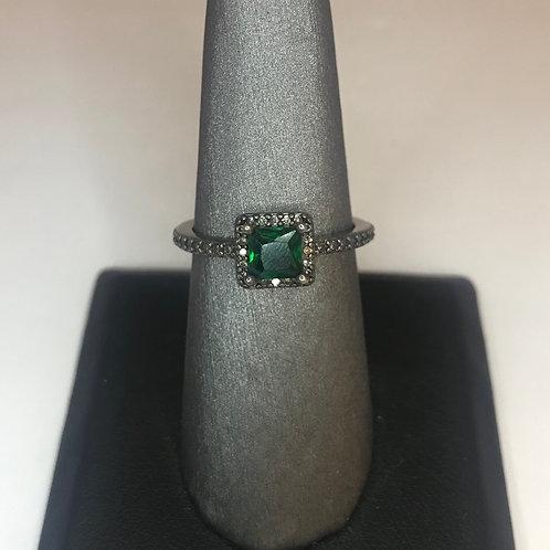 Emerald square on black stone band