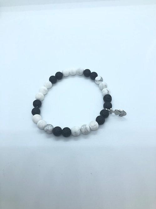 Black + White Beaded Bracelet