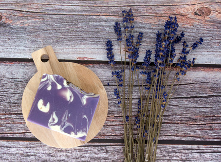 Body Wash/Shower Gel vs Commercial Soap vs Natural Handmade Soap, Which One You Choose?