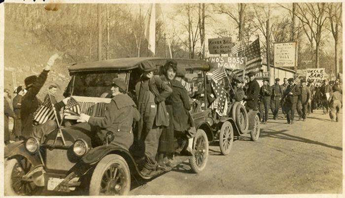 WWI Armistice Celebration Parade.jpg