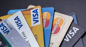6 CREDIT CARDS MYTHS-