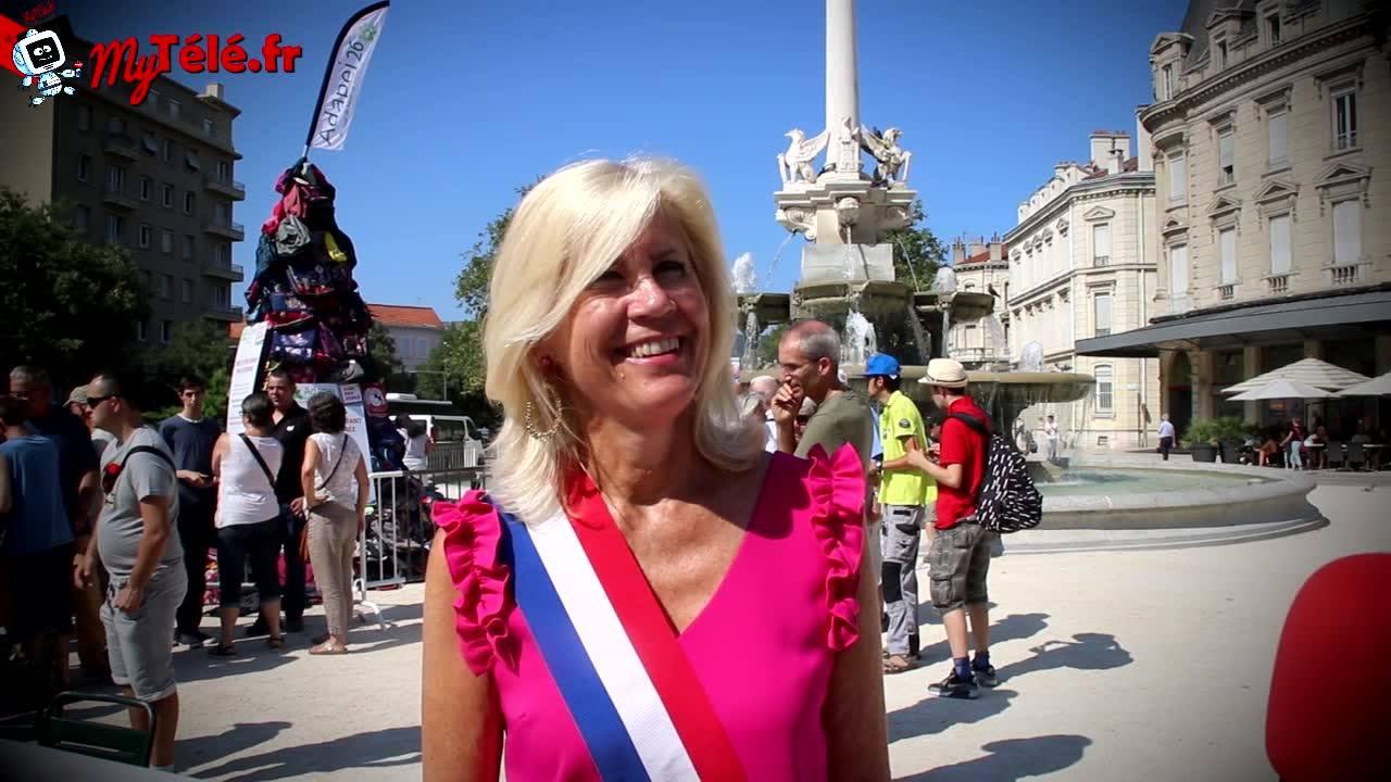 Emmanuelle ANTHOINE présente aux côtés de l'ADAPEI de la Drôme