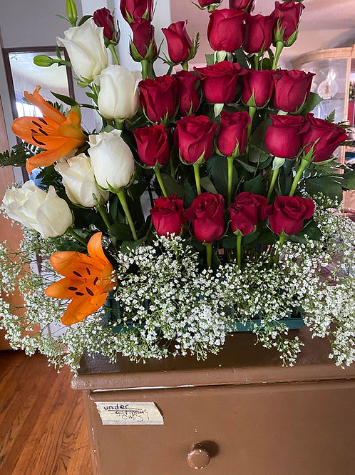 White And red Roses arrangement