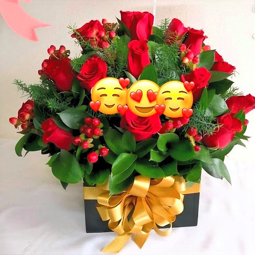 Bulk of Rose In A Box