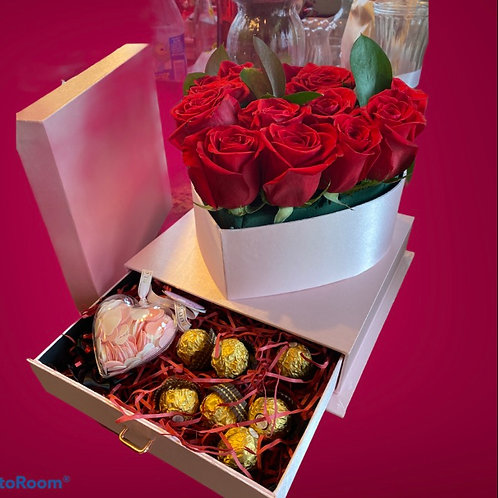 Heart box with roses