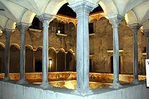Palazzo Besta Loggiato Sera.JPG