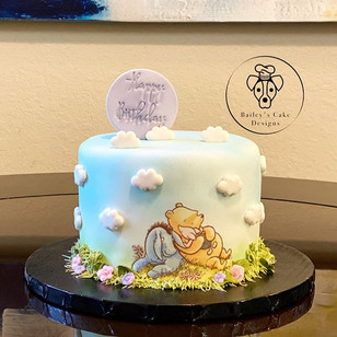 Pooh Bear Birthday Cake