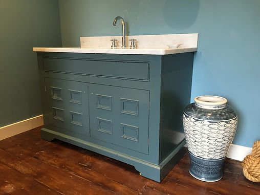 The Painted Cabinet - Hand painted furniture services - Hampshire | Surrey | Sussex | Berkshire | Wiltshire | Dorset | London