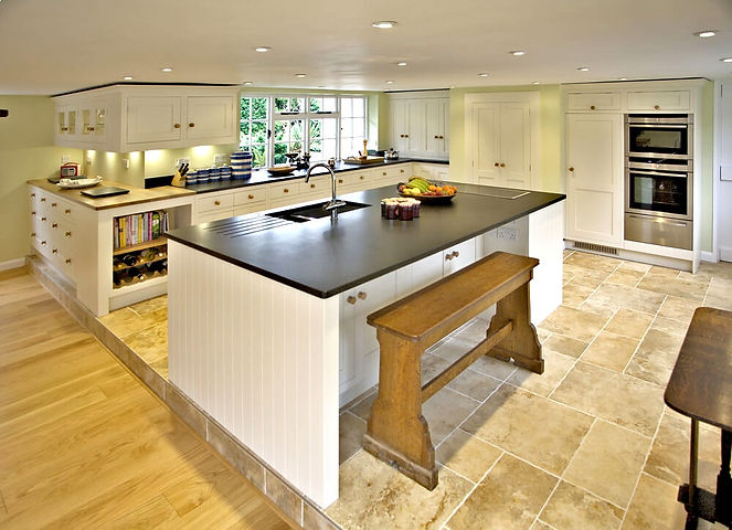 Beautiful, traditional and creative kitchen and furniture painting services - Hampshire | Surrey | Sussex |Berkshire | Wiltshire| Dorset| London - The Painted Cabinet