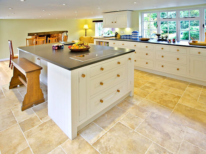 The Painted Cabinet - Beautiful, traditional and creative kitchen and furniture painting services - Devon, Cornwall, Dorset, Somerset