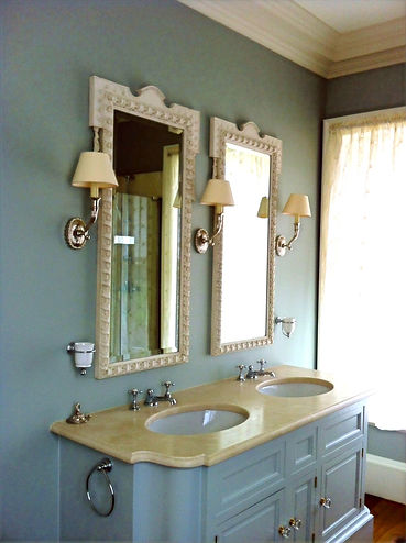 Emma Seymour - Restoration of Gilded Furniture and Mirror Frames