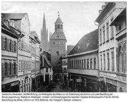 Der Uhrturm in Wiesbaden um 1870