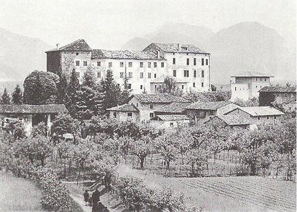 castello-caporiacco old.jpg