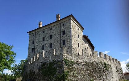 Caporiacco_Castello 2.jpg